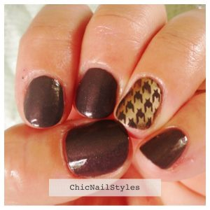 Essie Cashmere Bathrobe with Good as Gold Houndstooth Stamp