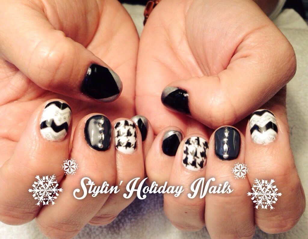 Some Fun, Stylin\' Holiday Nails! - Chic Nail Styles